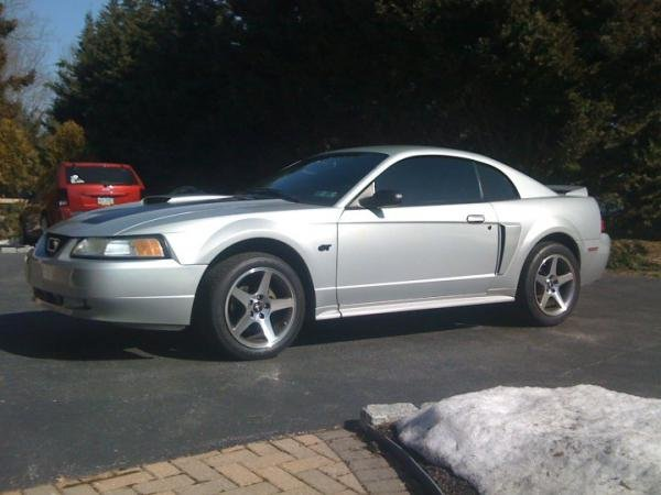 Showcase cover image for bcm0018's 2000 Ford Mustang GT