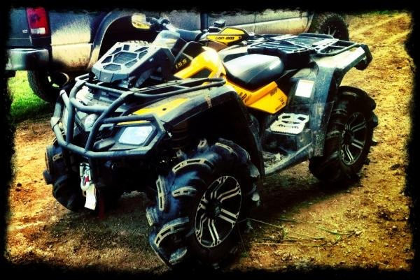 Showcase cover image for white6.4's 2011 Can Am outlander